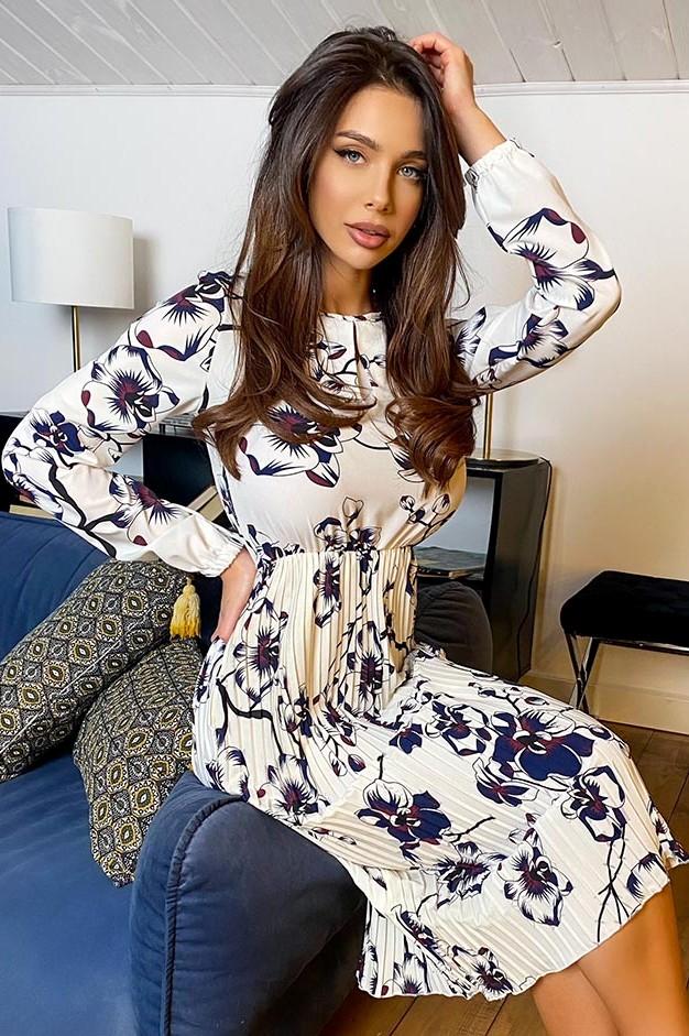 Платье из шелка в цветочный принт с юбкой плиссе