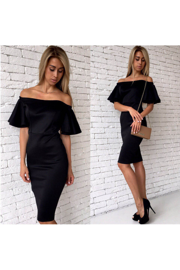 Черное платье футляр с большими воланами на рукавах 1041