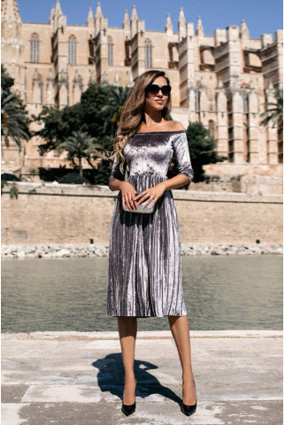 Серебристое бархатное платье плиссе 1191