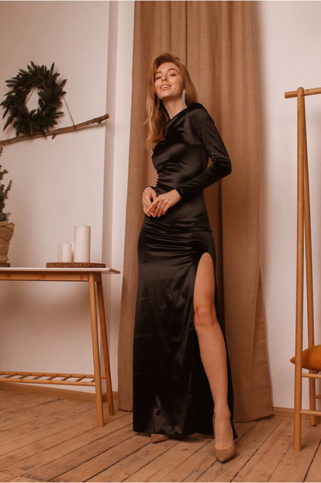 Оксамитове плаття з розрізом на нозі, чорне - 1362