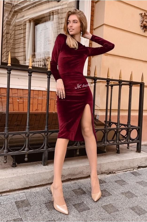 Оксамитове плаття по фігурі з розрізом на нозі Бордо - 1371