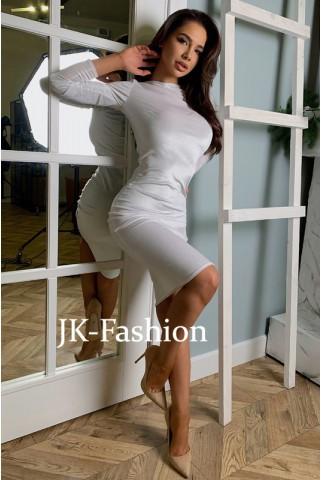 Футлярное белое бархатное платье миди - 1380
